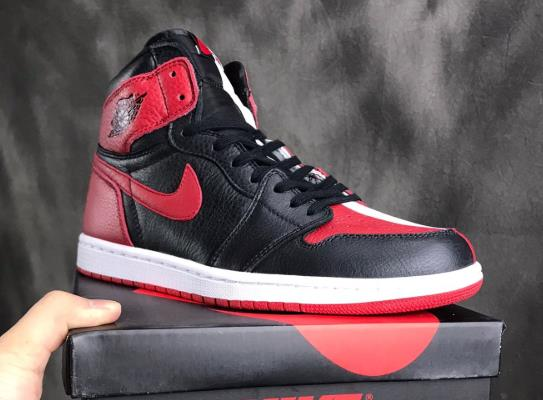 "Air Jordan 1 ""Homage To Home""861428-061 乔1 AJ1小丑阴阳"